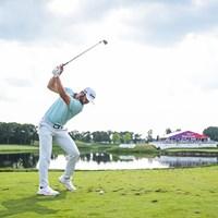 プロ3戦目で優勝を果たしたマシュー・ウルフ。独特のスイングも話題だ(Ben Jared/ PGA TOUR/Getty Images) 2019年 3Mオープン 最終日 マシュー・ウルフ