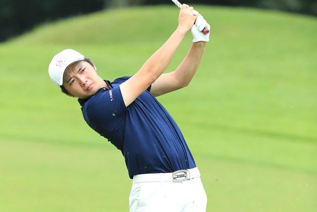 首位発進を決めた木村太一 ※写真提供:日本ゴルフ協会