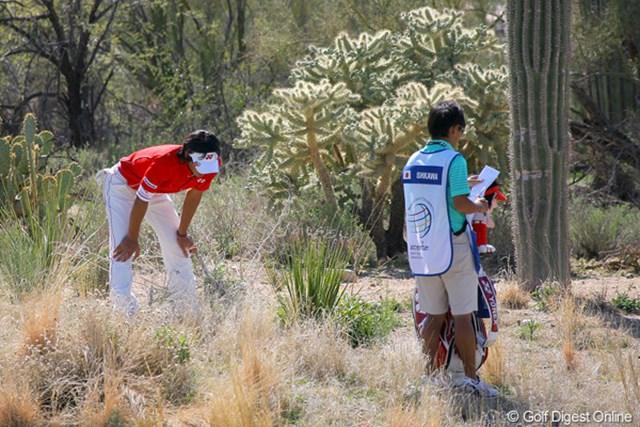 2010年 WGCアクセンチュアマッチプレー選手権 2日目 石川遼 ピンチもあった。まずは2番でティショットが左の砂地へ・・・