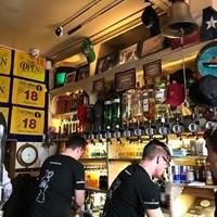 客がよく飲むから店員も大変だ 2019年 全英オープン 最終日 ポートラッシュ