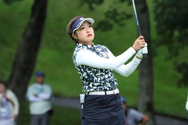 20歳の高木優奈が単独首位発進した(※日本女子プロゴルフ協会提供)
