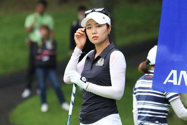 単独首位に立ったハン・スンジ ※提供日本女子プロゴルフ協会
