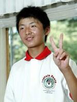 ベスト8進出も平然した態度で振舞う14歳の伊藤涼太 2004年 14歳の伊藤涼太が「日本アマ」ベスト8進出!!