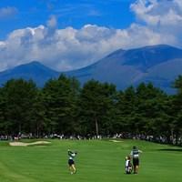 今日は浅間山が綺麗でしたね 2019年 NEC軽井沢72ゴルフトーナメント 2日目 小祝さくら