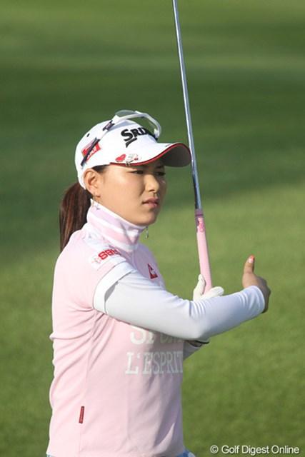 2010年 HSBC女子チャンピオンズ初日 横峯さくら 朝イチは思うようなショットが出なかったが、後半盛り返すのはさすが