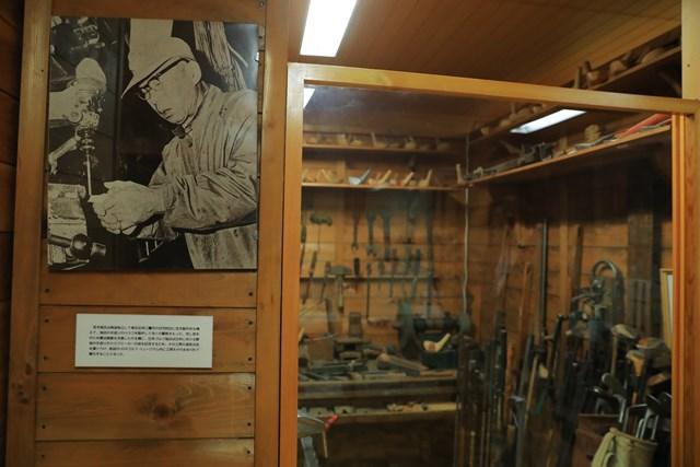 JGAゴルフミュージアム 宮本留吉の工房 宮本留吉はすぐれたクラフトマンでもあった。東京にあった工房をミュージアムで復元