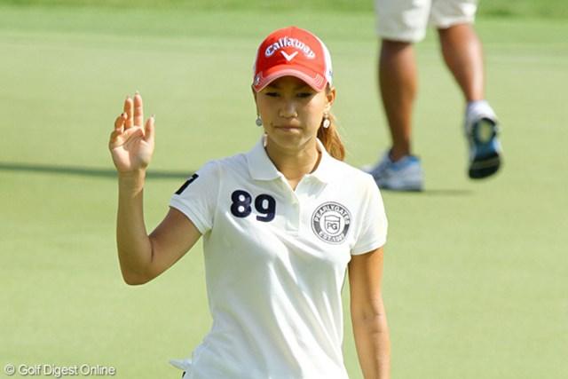 2010年 HSBC女子チャンピオンズ2日目 上田桃子 8バーディ、4ボギーと出入りは激しかったが、このコースで「68」は立派!
