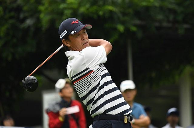 昨季3勝の鈴木亨が単独首位で初日を終えた(写真:大会提供)
