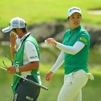 汗より先に、ボール拭いてよ。 2019年 ゴルフ5レディス プロゴルフトーナメント 2日目 濱田茉優