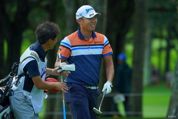 首位タイ発進!リラックスの笑顔に。 2019年 ANAオープンゴルフトーナメント 初日 出水田大二郎