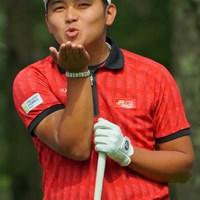 試合中に投げキッスは禁止ですよ(笑) 2019年 ANAオープンゴルフトーナメント 3日目 池村寛世