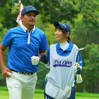 何だか良い雰囲気の2人。 2019年 ANAオープンゴルフトーナメント 最終日 正岡竜二
