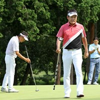 奥田靖己、尾崎直道、羽川豊の組は3人全員が長尺パター 2019年 日本シニアオープンゴルフ選手権競技 2日目 尾崎直道