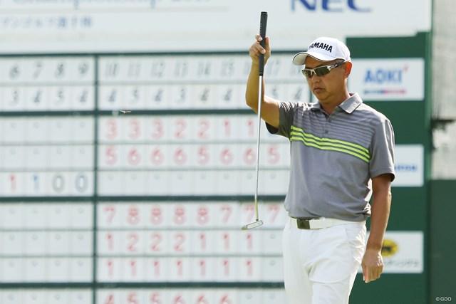 2019年 日本シニアオープンゴルフ選手権競技 2日目 谷口徹 シニア初タイトルへ首位を走る谷口徹