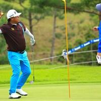 ギャラリーにチップインバーディしたボールをプレゼント 2019年 パナソニックオープンゴルフチャンピオンシップ 2日目 プラヤド・マークセン
