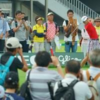 練習日とは思えない数のギャラリーがティグランドを取り囲みます。 2019年 日本女子オープンゴルフ選手権 事前 菊地絵理香