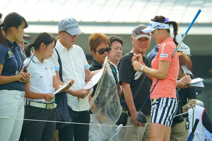 ディフェンディングチャンピオンは日本でも人気者です。 2019年 日本女子オープンゴルフ選手権 事前 ユ・ソヨン