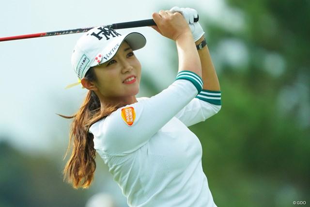 2019年 日本女子オープンゴルフ選手権  初日 イ・ボミ ギャラリーからも祝福されて幸せいっぱい