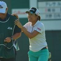 いつもキャディのジョンと仲良し 2019年 日本女子オープンゴルフ選手権 3日目 岡山絵里