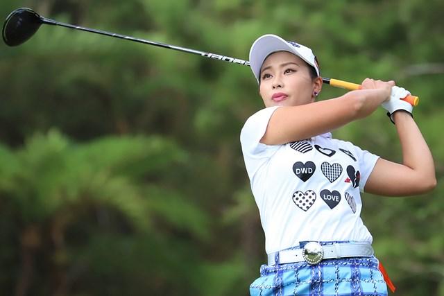 首位で初日を終えた竹内美雪(提供:日本女子プロゴルフ協会)