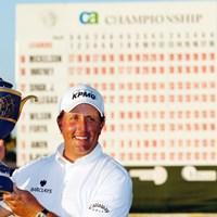 昨年は接戦を制したフィル・ミケルソンが連覇を狙う(Jamie Squire/Getty Images) 2010年 WGC CA選手権 事前 フィル・ミケルソン