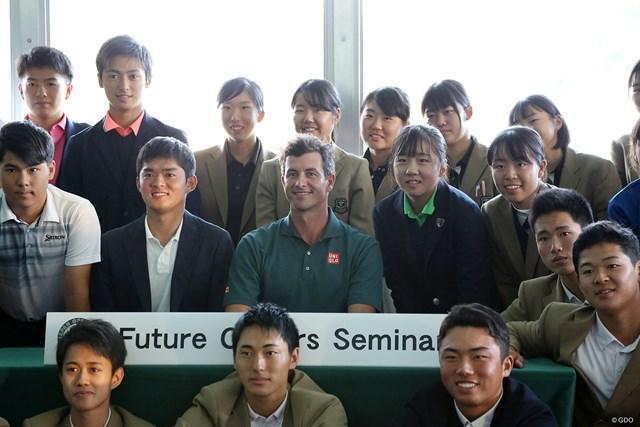 日本オープン開幕2日前にセミナーに参加したアダム・スコット