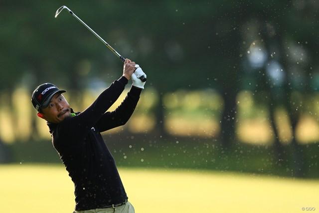 2019年 日本オープンゴルフ選手権競技 初日 小平智 朝露ショット