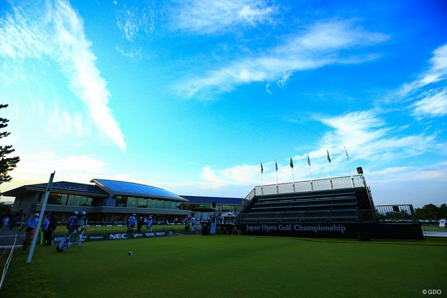 2019年 日本オープンゴルフ選手権競技 初日 古賀ゴルフ・クラブ Hole1 会場に来れない皆様へ。 朝の雰囲気を