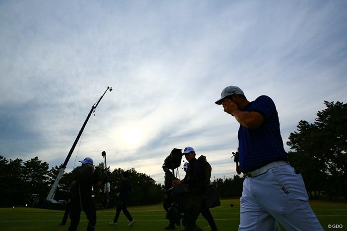喜びを噛み締めながら表彰式へ 2019年 日本オープンゴルフ選手権競技 最終日 チャン・キム