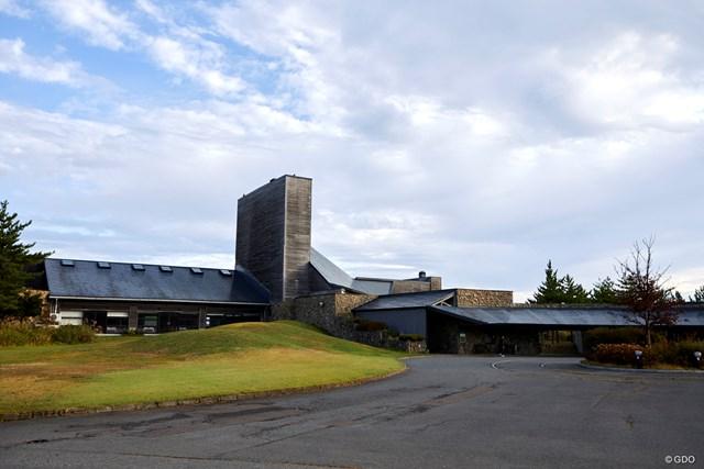 1992年開場、海老原寿人 設計。95年「日本プロゴルフ選手権」開催地