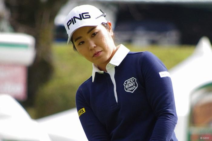 大会前日に練習を行った比嘉真美子 2019年 樋口久子 三菱電機レディスゴルフトーナメント 事前 比嘉真美子