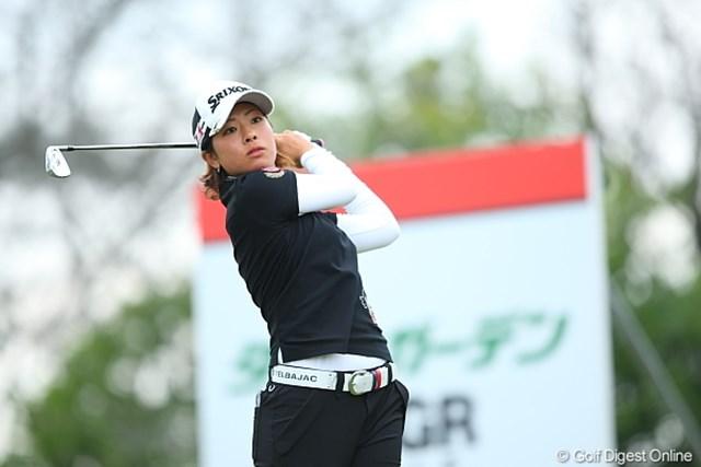 初優勝へ向け、トップで最終日を迎える森田理香子