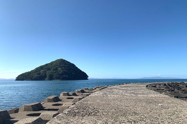 気持ちがいいほどの快晴、青く澄んだ海にテンション爆上げ