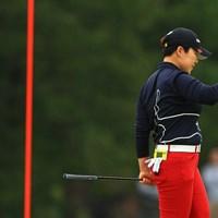 申ジエは15番ホールでバーディを奪い拳を握る 2019年 樋口久子 三菱電機レディスゴルフトーナメント 最終日 申ジエ