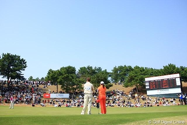 2010年 ヨコハマタイヤゴルフトーナメントPRGRレディスカップ最終日 朴仁妃 最終18番ホール/この時点ではまだ朴の優勝かと。。。