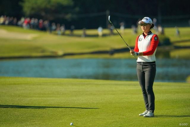 2日間、安定感あるゴルフを展開。5打差の大逆転はあるか。