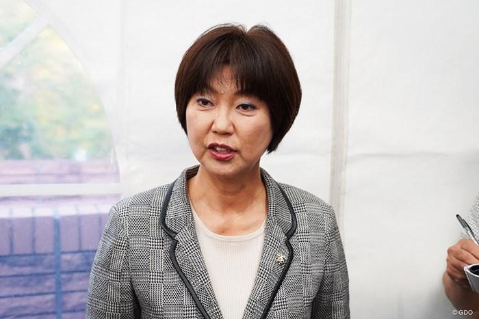 取材に応じた小林浩美日本女子プロゴルフ協会会長 2019年 伊藤園レディスゴルフトーナメント 事前 小林浩美LPGA会長