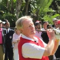 ゴルフクリニックで華麗なスイングを見せるジャック・ニクラウス ジャック・ニクラウス/ハッサン2世トロフィー