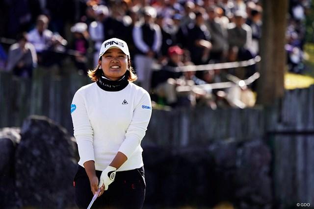 2019年 伊藤園レディスゴルフトーナメント 最終日 鈴木愛 鈴木愛は17位に順位を上げた