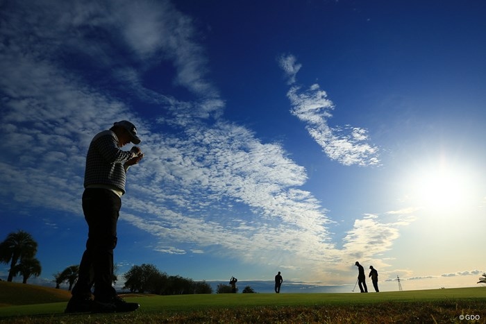 パパはここで頑張ってます!! 2019年 カシオワールドオープンゴルフトーナメント 初日 秋吉翔太