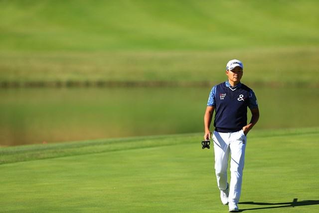 2019年 カシオワールドオープンゴルフトーナメント 2日目 今平周吾 今平周吾はグリーン上で苦労しながら決勝ラウンドに進出した