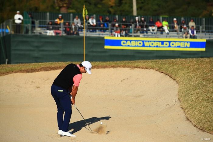 Hole18  par5   sand shot 2019年 カシオワールドオープンゴルフトーナメント 3日目 キム・キョンテ