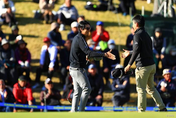 5年ぶりに同組でプレーした石川遼と川村昌弘 2019年 カシオワールドオープンゴルフトーナメント 3日目 石川遼 川村昌弘
