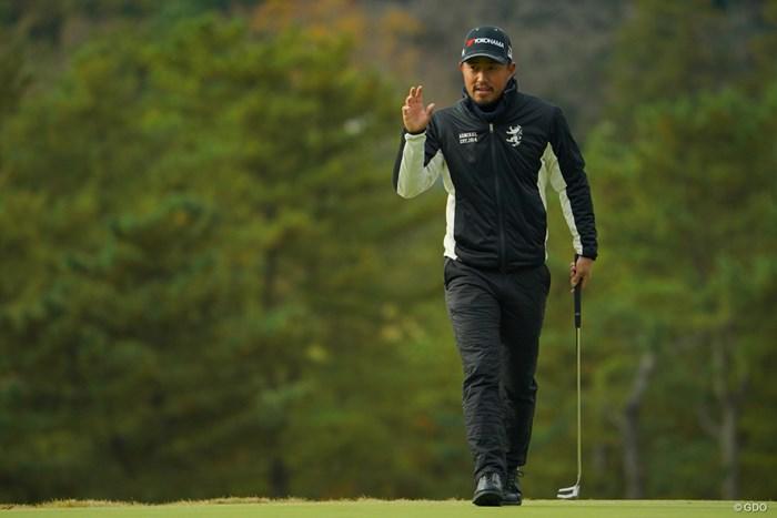 11位タイに急浮上。日曜日には優勝争いに加わってそうですよね。 2019年 ゴルフ日本シリーズJTカップ 2日目 小平智