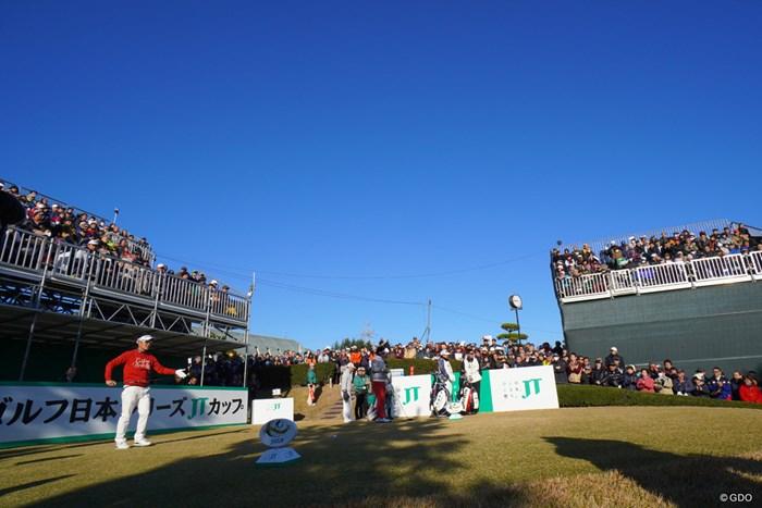 2019年ツアーも最後の18ホールへ。 2019年 ゴルフ日本シリーズJTカップ 最終日 浅地洋佑