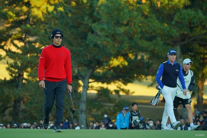 なかなか決着の付かない2人。 2019年 ゴルフ日本シリーズJTカップ 最終日 石川遼 ブラッド・ケネディ