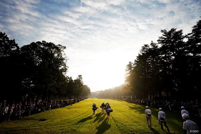 地の利で感じたゴルフのポテンシャル【佐藤信人の視点】 早朝から多くのギャラリーが詰めかけた「ZOZO」ウィーク