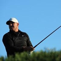 復帰戦で上々のスタートを切ったケプカ(Andrew RedingtonGetty Images) 2020年 アブダビHSBCゴルフ選手権 初日 ブルックス・ケプカ