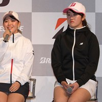 抱負を語る吉田優利(左)。稲見萌寧は東京五輪出場を諦めていない 2020年 吉田優利 稲見萌寧