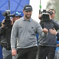 2度目の大会制覇に期待がかかるジョン・ラーム(Ben Jared/PGA TOUR via Getty Images) 2020年 ファーマーズインシュランスオープン 3日目 ジョン・ラーム